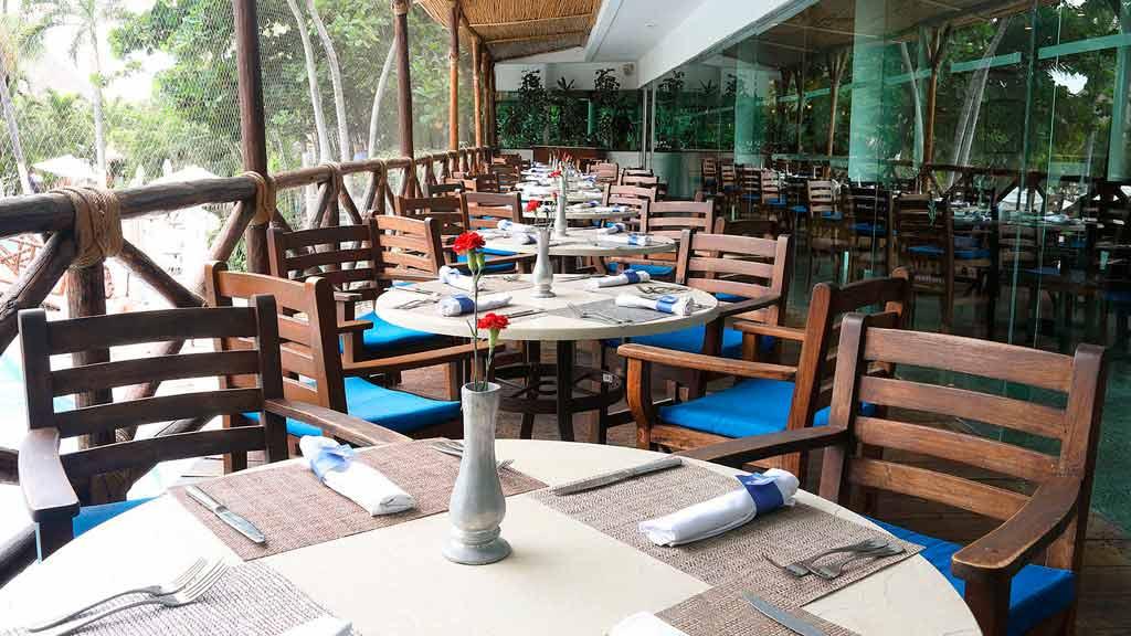 Hotel_Emporio_Acapulco_terraza